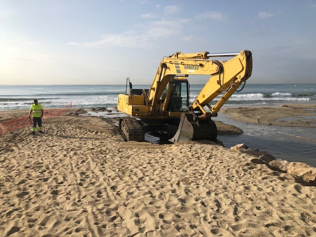 Restitución y protección de la arena de las playas